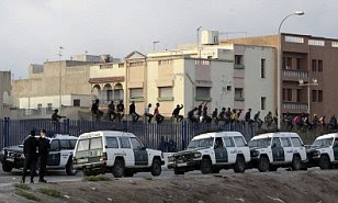 200 migrants try to reach Melilla